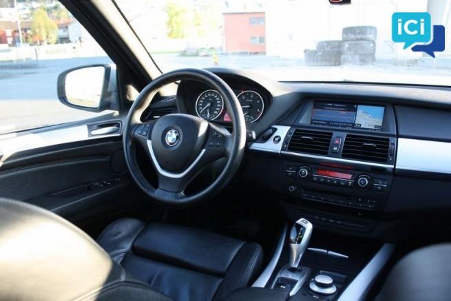 BMW X5 3,0 en tres bon etat de conduicte