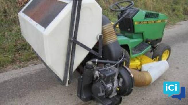 Tracteur à gazon, tondeuse John-Deere 285