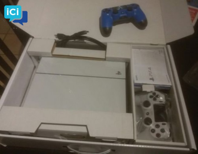 Sony PS4 blanche 500 gigas