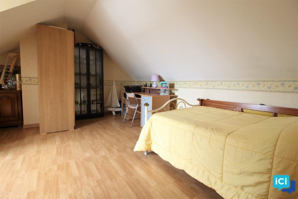 Maison Angerville 5 pièce(s) 120 m2