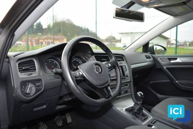 Don de ma voiture VOLKSWAGEN GOLF 1.6 TDI 105