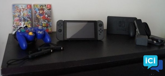 Nintendo Switch + Manette + jeux