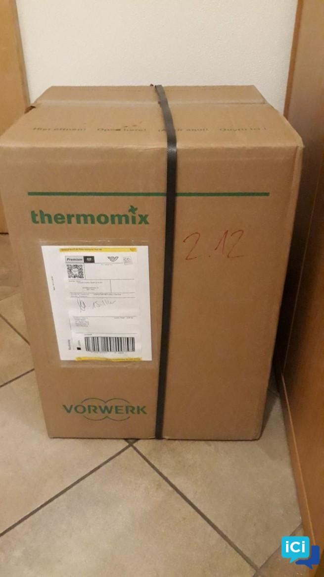 Thermomix TM5 connecté + 5 livres + clé recettes