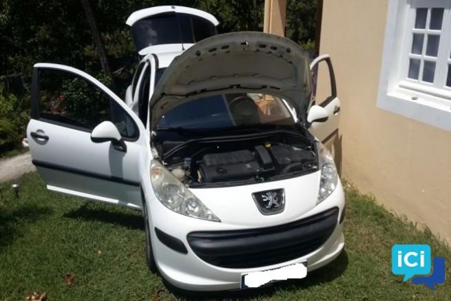 207 Peugeot 3 portes excéllent état