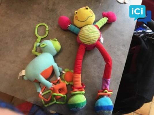 Lot peluche/jouet enfant