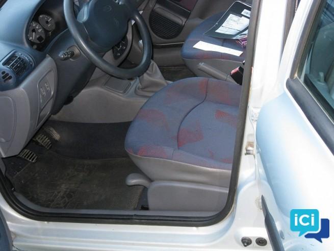 Clio II 1.9 diesel RTT 5 PORTES