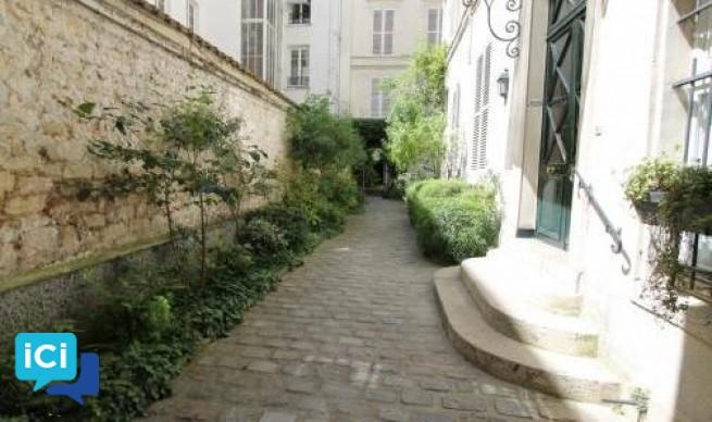 Studio Rue du Bac à Paris 7ème